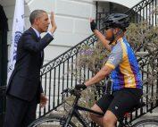 Obama High-Five 514blog.ca