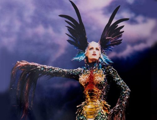 Thierry Mugler, Futuristic and Controversial Fashion Designer is Coming to Mtl Museum of Fine Arts